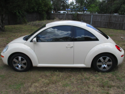 2006 Beetle Front View